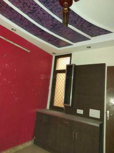 Gallery Cover Image of 900 Sq.ft 3 BHK Independent Floor for rent in Preet Vihar for 16000