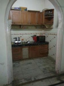 पटेल नगर में कृष्ण बॉइज़ पीजी के किचन की तस्वीर