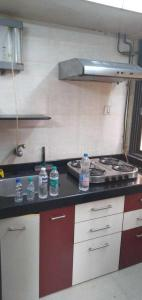Gallery Cover Image of 450 Sq.ft 1 BHK Apartment for rent in Malad East for 21000