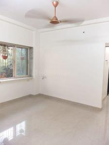 Gallery Cover Image of 550 Sq.ft 1 BHK Apartment for rent in Aristo Kanchan Apartment, Bandra West for 45000