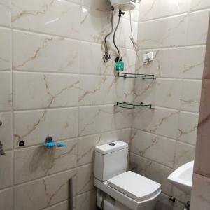Bathroom Image of 1100 Sq.ft 2 BHK Apartment for rent in Subhash Nagar, Subhash Nagar for 25000