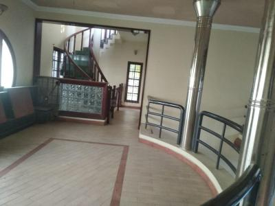 Gallery Cover Image of 6000 Sq.ft 5 BHK Independent House for buy in Mugalivakkam for 37500000