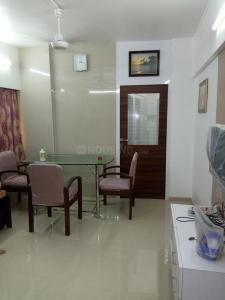 Gallery Cover Image of 750 Sq.ft 2 BHK Apartment for rent in Vijay Nagar, Andheri East for 42000