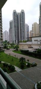 Gallery Cover Image of 1800 Sq.ft 2 BHK Apartment for rent in New Town for 27000