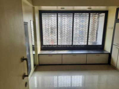 Gallery Cover Image of 400 Sq.ft 1 BHK Apartment for rent in Rizvi Victory House, Mahim for 35000