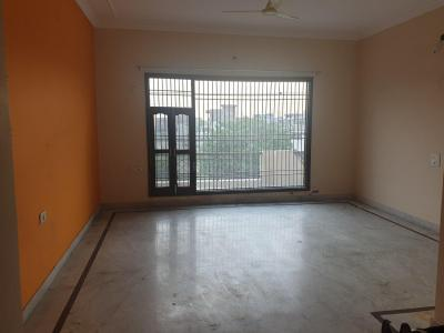 Gallery Cover Image of 4500 Sq.ft 3 BHK Villa for rent in Sector-9A for 17000