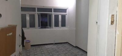 Gallery Cover Image of 350 Sq.ft 1 RK Apartment for rent in Malad West for 17000