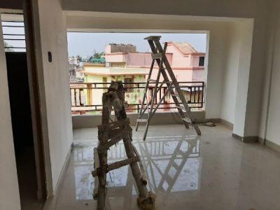 Hall Image of 950 Sq.ft 2 BHK Apartment for buy in Netaji Nagar for 3800000