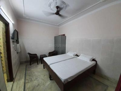 Gallery Cover Image of 2100 Sq.ft 3 BHK Independent House for rent in Alpha I Greater Noida for 14500