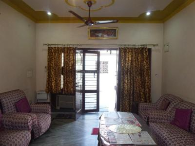 Gallery Cover Image of 2520 Sq.ft 3 BHK Apartment for buy in Raj Nagar for 17500000