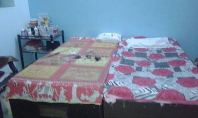Bedroom Image of Shanti Niwas Girls PG in Sector 9