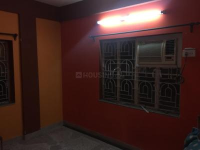 Gallery Cover Image of 650 Sq.ft 2 BHK Independent Floor for rent in Behala for 10000