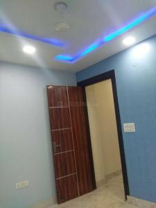 Gallery Cover Image of 1250 Sq.ft 3 BHK Apartment for rent in Vikaspuri for 25000