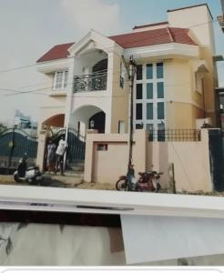 Gallery Cover Image of 3000 Sq.ft 3 BHK Villa for buy in Mogappair for 31500000