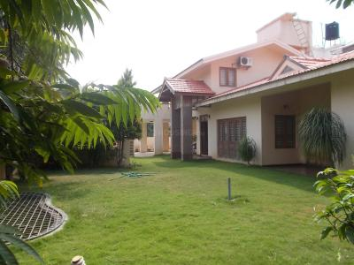 Gallery Cover Image of 3500 Sq.ft 4 BHK Independent House for buy in Nurani for 17000000