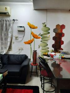 Gallery Cover Image of 550 Sq.ft 1 BHK Apartment for buy in Aminjikarai for 4000000