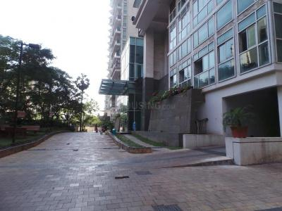 Gallery Cover Image of 2450 Sq.ft 4 BHK Apartment for rent in Lokhandwala Whispering Palms XXclusives, Kandivali East for 65000