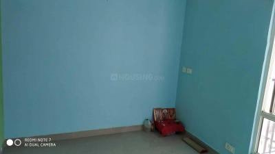 Gallery Cover Image of 1350 Sq.ft 3 BHK Apartment for rent in Panchsheel Greens 2, Noida Extension for 11000