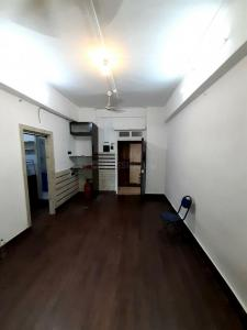 Gallery Cover Image of 450 Sq.ft 1 BHK Apartment for buy in Colaba for 21000000