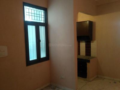 Gallery Cover Image of 450 Sq.ft 1 BHK Independent Floor for rent in DLF Ankur Vihar for 4500