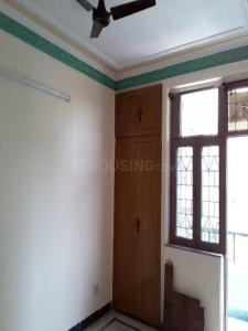 Gallery Cover Image of 1240 Sq.ft 2 BHK Apartment for rent in Sector 62 for 13500