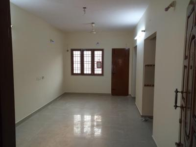 Gallery Cover Image of 2400 Sq.ft 2 BHK Apartment for rent in Pallikaranai for 10500
