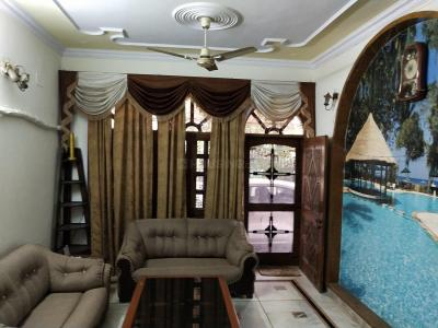 Gallery Cover Image of 3060 Sq.ft 4 BHK Independent Floor for rent in Sector 28 for 32000