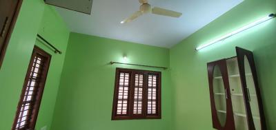 Gallery Cover Image of 300 Sq.ft 1 RK Independent House for rent in Jeevanbheemanagar for 8000