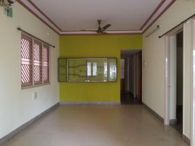 Gallery Cover Image of 1200 Sq.ft 3 BHK Apartment for rent in Padmanabhanagar for 14000