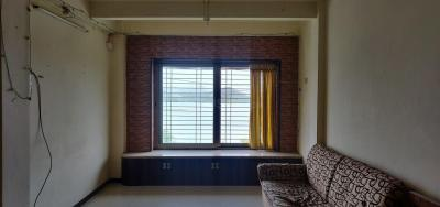 Gallery Cover Image of 602 Sq.ft 1 BHK Apartment for rent in Powai Cosmopolitan Housing Society, Powai for 32000