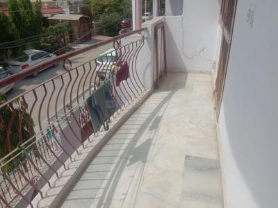 Gallery Cover Image of 550 Sq.ft 1 BHK Independent Floor for rent in Abhay Khand for 5500
