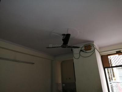 Gallery Cover Image of 1000 Sq.ft 3 BHK Independent Floor for rent in Preet Vihar for 20000