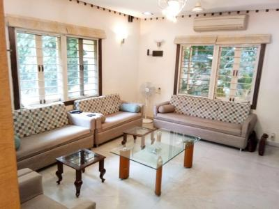 Gallery Cover Image of 3600 Sq.ft 4 BHK Independent House for buy in Adi Heritage Enclave, Thaltej for 42500000