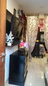 Gallery Cover Image of 1000 Sq.ft 2 BHK Independent Floor for buy in Lajpat Nagar for 9200000