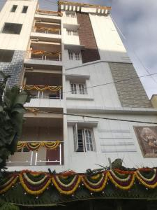 Gallery Cover Image of 1100 Sq.ft 2 BHK Independent Floor for rent in Electronic City for 20000