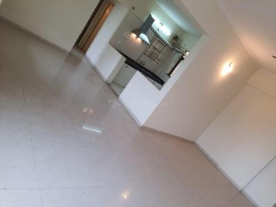 Gallery Cover Image of 1200 Sq.ft 2 BHK Apartment for rent in Raviraj Park Island, Yerawada for 22500
