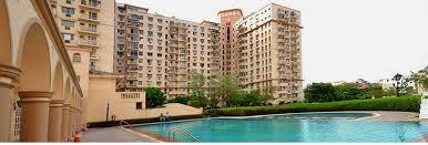 Gallery Cover Image of 1800 Sq.ft 4 BHK Apartment for buy in DLF Oakwood Estate, DLF Phase 2 for 19200000
