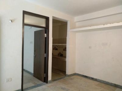 Gallery Cover Image of 500 Sq.ft 1 BHK Independent Floor for rent in Chhattarpur for 9500