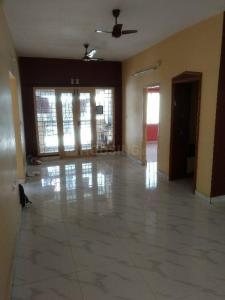 Gallery Cover Image of 1300 Sq.ft 3 BHK Apartment for rent in Pallavaram for 14000