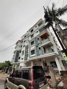 Gallery Cover Image of 750 Sq.ft 2 BHK Apartment for buy in Bansdroni for 2450000