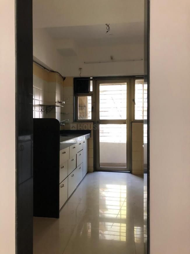 Kitchen Image of 1050 Sq.ft 2 BHK Apartment for rent in Mulund East for 34000