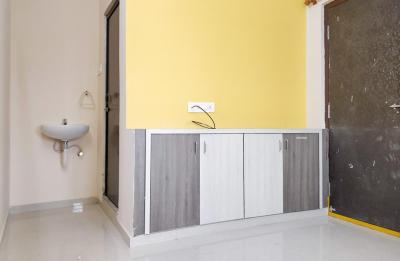 Gallery Cover Image of 700 Sq.ft 1 BHK Apartment for rent in Kothaguda for 14000