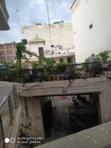 Balcony Image of Yash PG in Saket