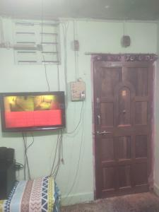 Gallery Cover Image of 350 Sq.ft 1 RK Apartment for buy in Mankhurd for 2400000