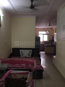 Gallery Cover Image of 710 Sq.ft 2 BHK Apartment for rent in Eastern Apartment, New Ashok Nagar for 14000