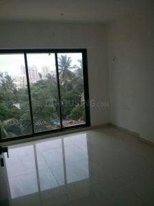 Gallery Cover Image of 700 Sq.ft 1 BHK Apartment for buy in Malad East for 12500000