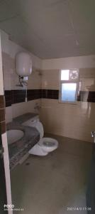 Bathroom Image of 1750 Sq.ft 3 BHK Apartment for rent in Ramprastha AWHO, Sector 95 for 15000