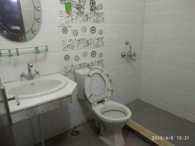 Gallery Cover Image of 1805 Sq.ft 4 BHK Apartment for rent in Sector 43 for 78000