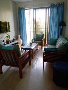 Gallery Cover Image of 1021 Sq.ft 2 BHK Apartment for rent in Advantage Brookhaven, Jogeshwari East for 50000