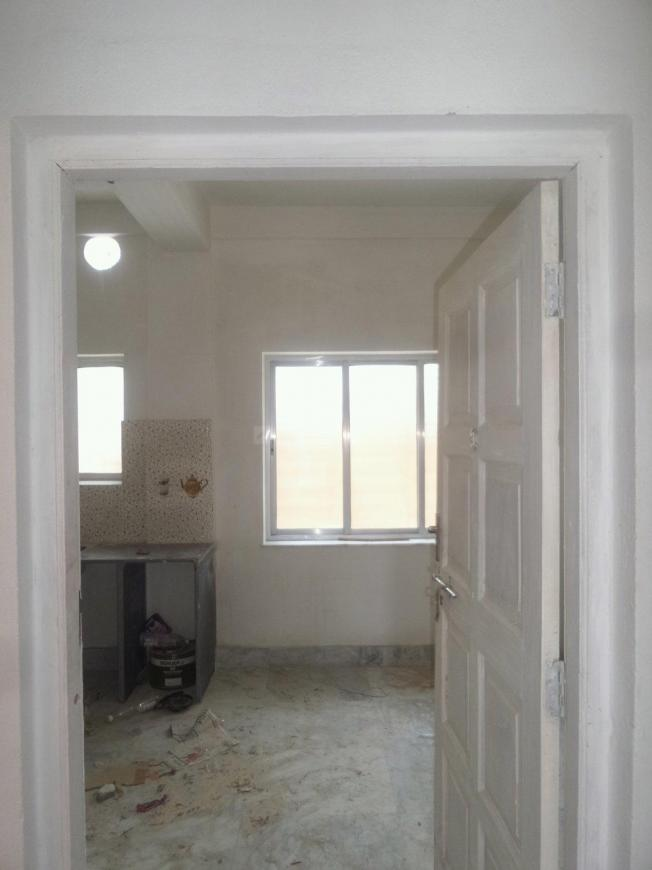 Main Entrance Image of 500 Sq.ft 1 RK Apartment for buy in Ganguly Bagan for 1500000